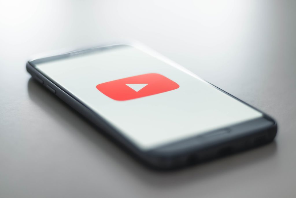 crop a youtube video